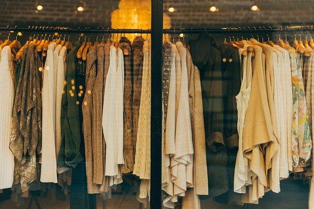 ubrania sprzedaż vinted