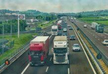 Jak przebiega proces logistyczny w transporcie