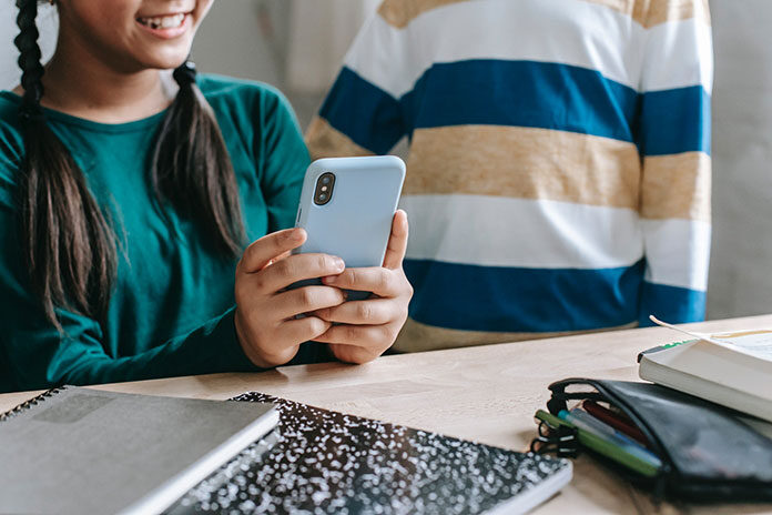 telefon na kartę dla dziecka